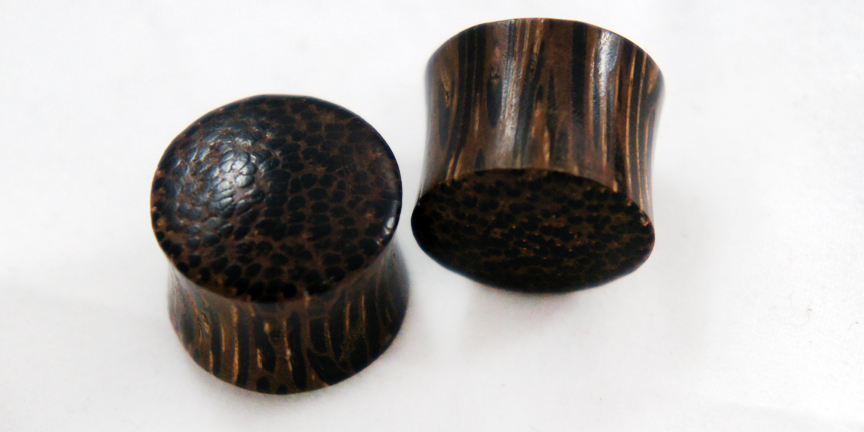Dark Palm Wood Double Flare Saddle Organic Plug