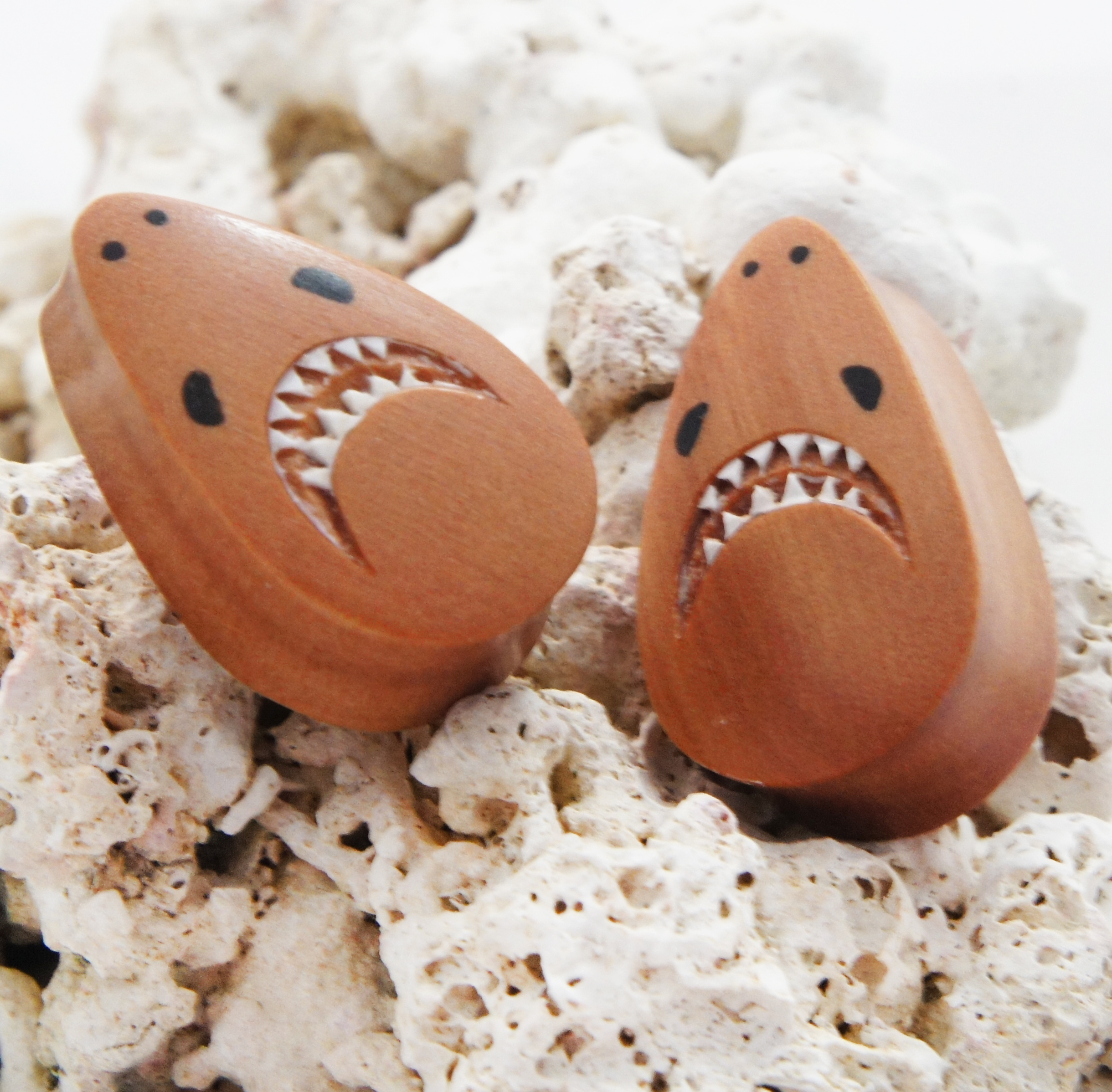 Great White Shark Sawo Wood Teardrop Plugs