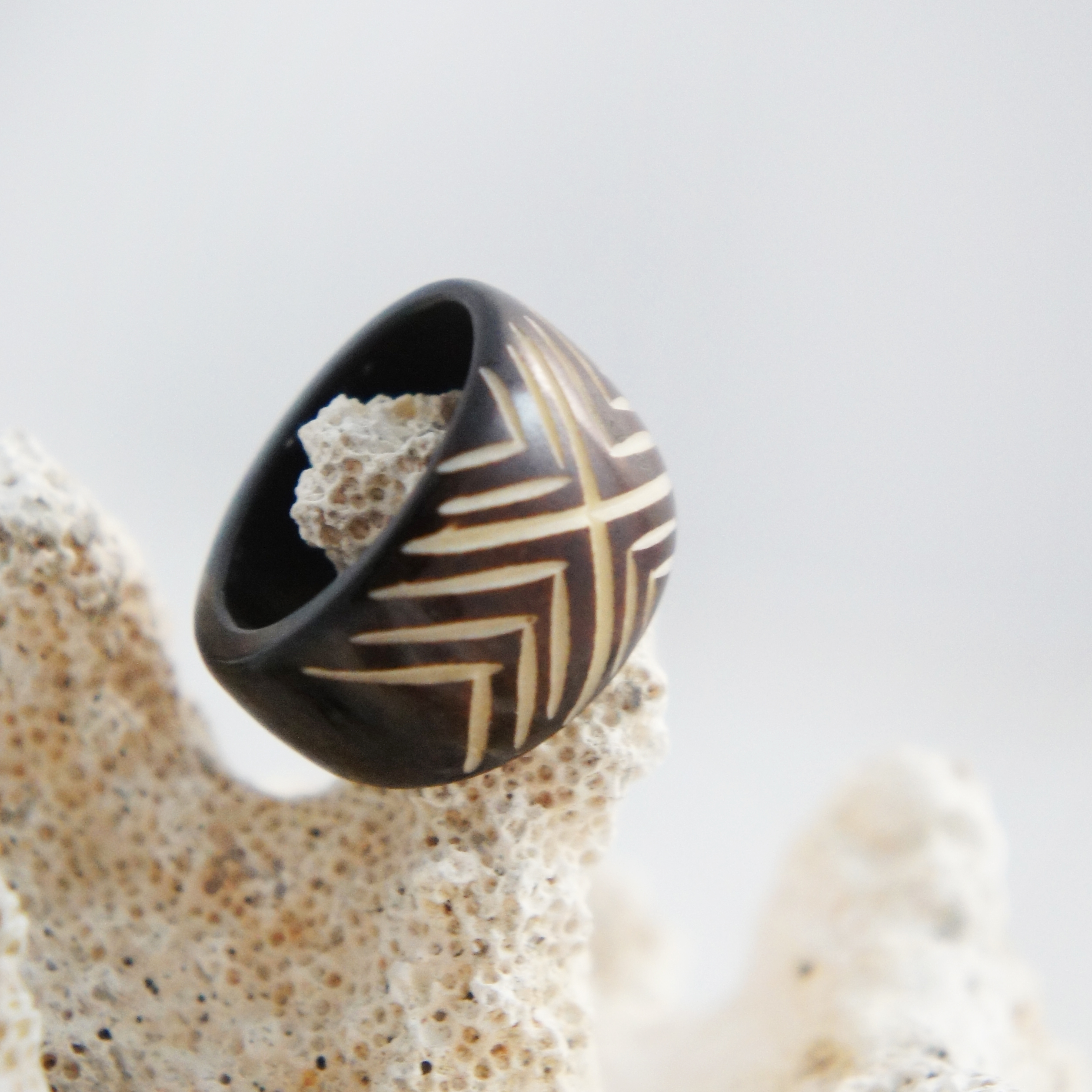Carved Maori Tribal Triangular Patterned Wood Ring