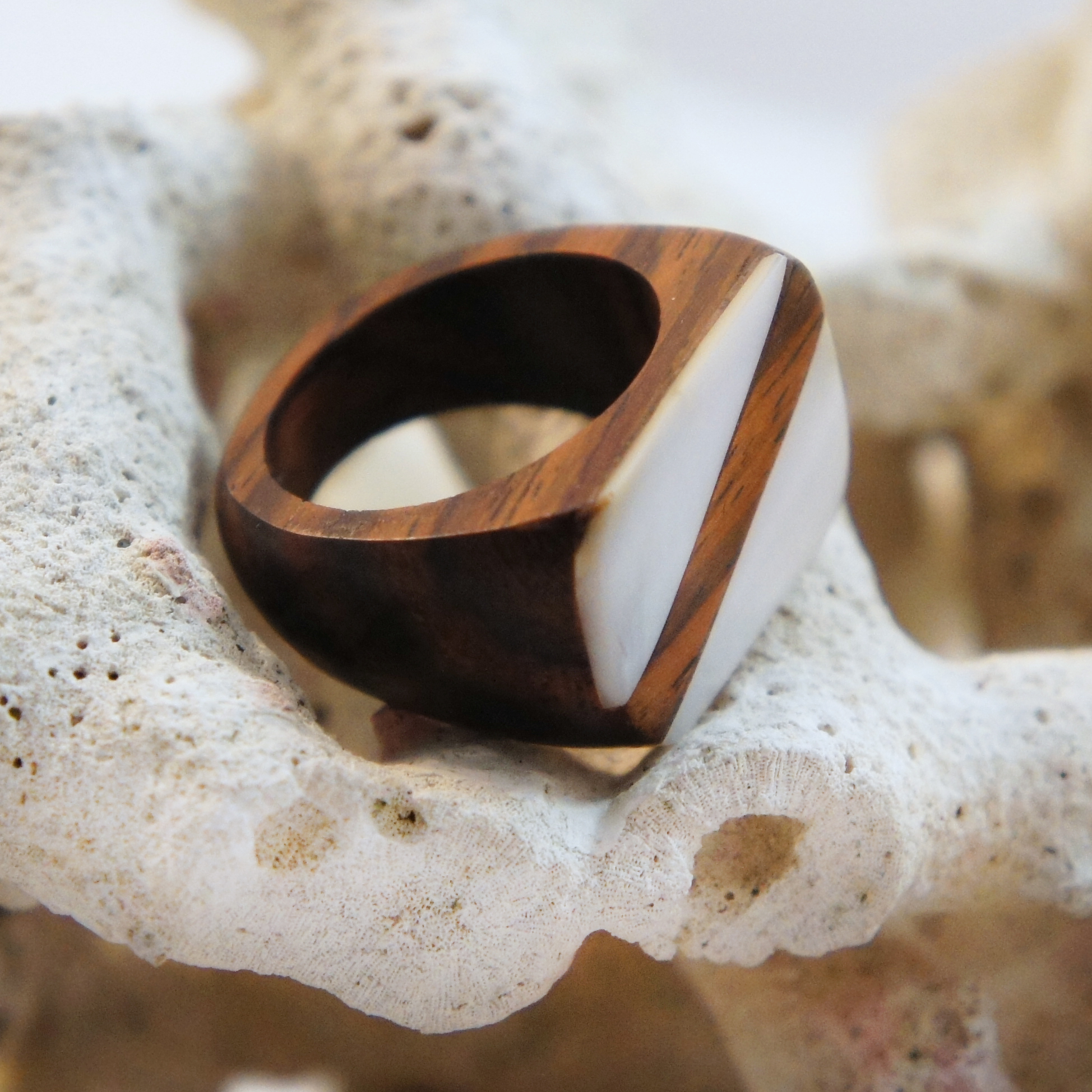 Rectangular Sono Wood Ring with Shell Striped Inlay Top