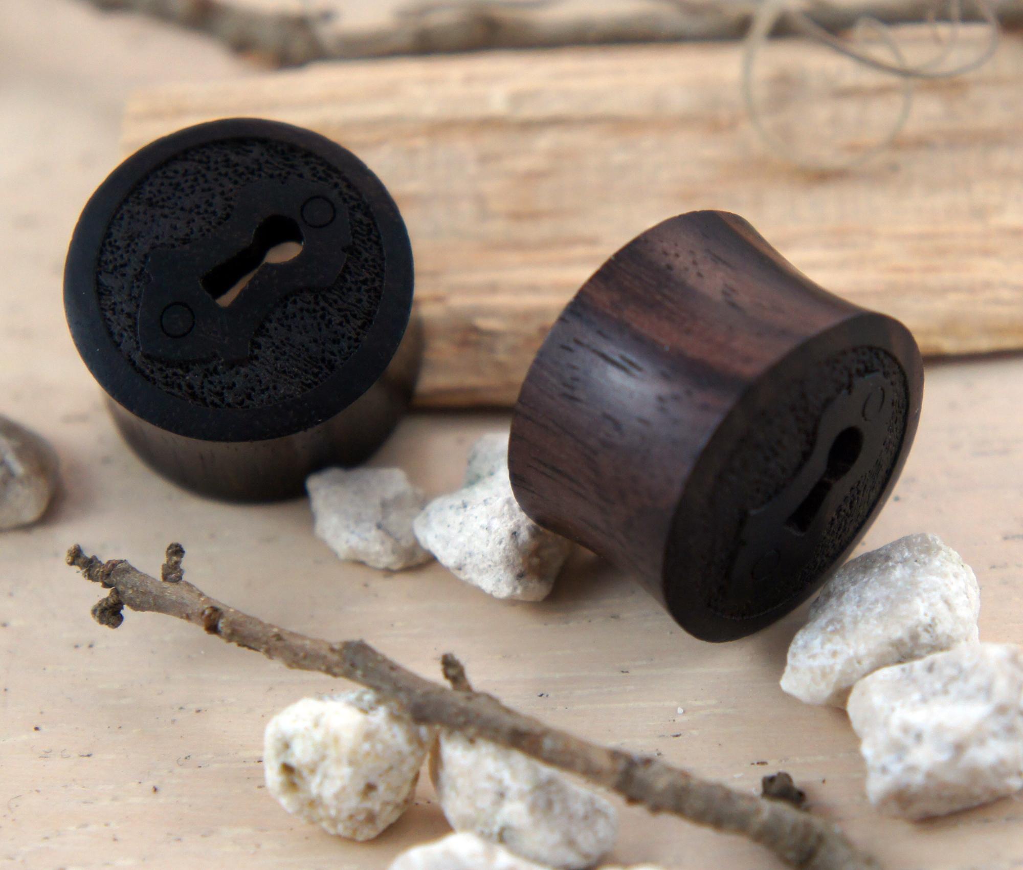 Key Hole Sono Wood Plugs