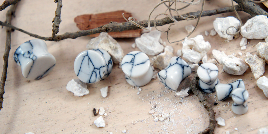 White Howlite Gemstone Double Flared Saddle Plug