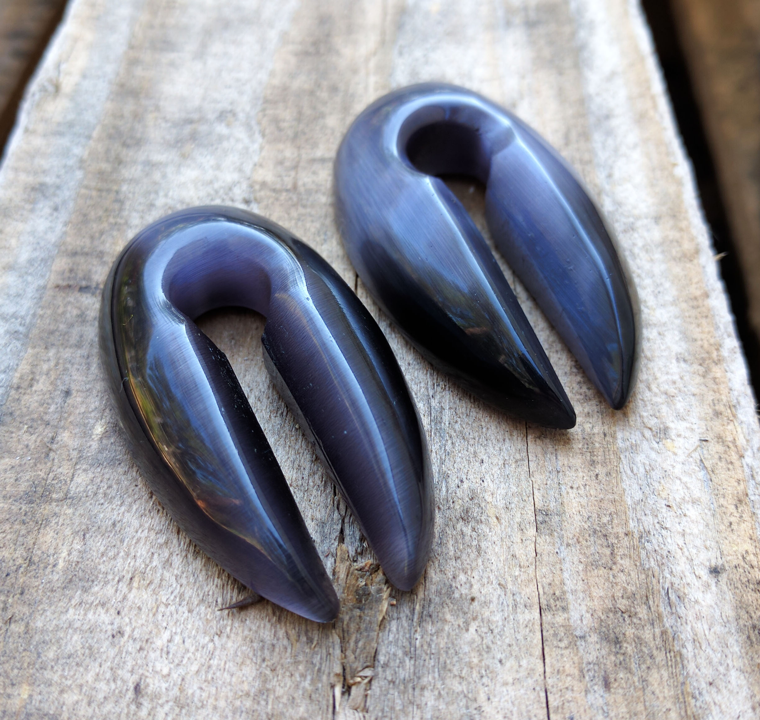 Grey Cats Eye Pointed Keyhole Ear Weights