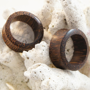 Palm Wood Double Flare Flesh Tunnel