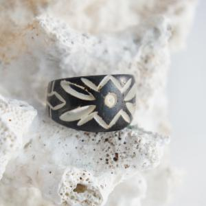 Maori Style Tunnel Ring with Tribal Design
