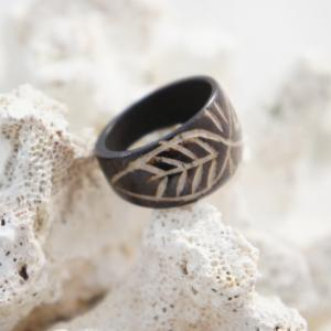 Maori Design Infinity Leaf Carved Wood Ring