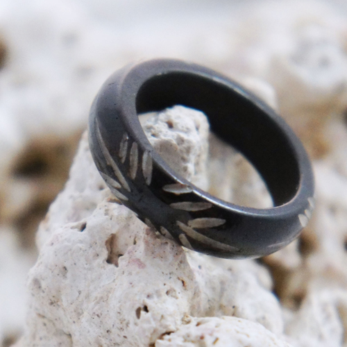 Horn Floral Tribal Cut Ring
