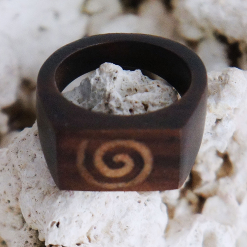 Spiral Sono Wood Small Rectangular Ring
