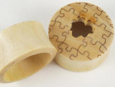 Crocodile Wood Puzzle Plugs