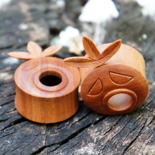 Sawo Wood Flesh Tunnel Deku Mask