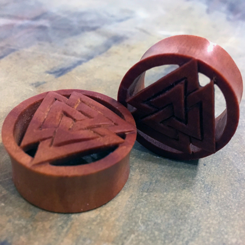 Sawo Wood Three Triangle Flesh Tunnel Plug